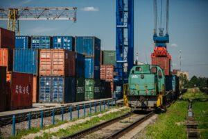 Таможенное оформление грузов ЖД: Особенности